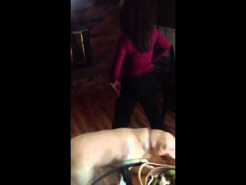 Mom attempts sexy workout dance in work clothes and heels E