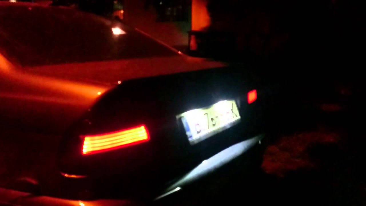 BMW e39 LED licence plate light install  replacement of stock one