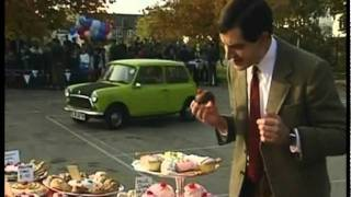 Mr Bean - Car repaired by tank