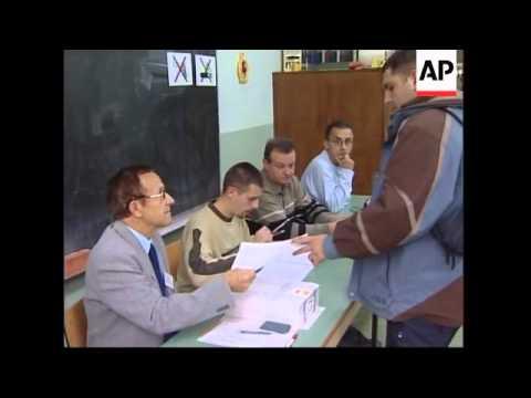 Macedonians vote in referendum on ethnic Albanian self-rule
