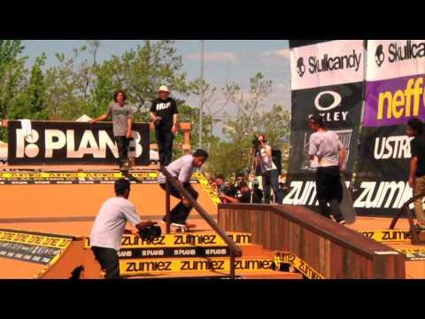Plan B Skate Team Demo: Zumiez Couch Tour...