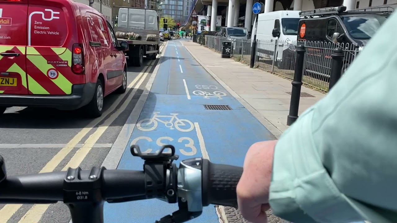 New Video: Cycling from Limehouse DLR to Tower Hill!