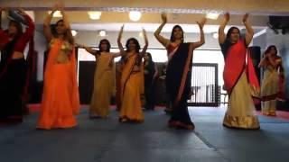 Ambarsariya Dance Performance !! Best Wedding Dance 2014 !! Hot Indian Girls