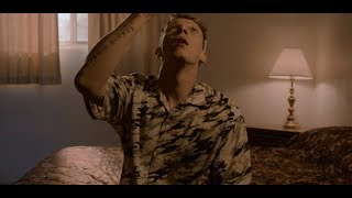 Смотреть клип Matt Maeson - The Hearse