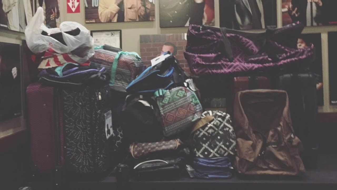 """""""Girls Trip"""" Star Tiffany Haddish Holds Suitcase Drive for Foster Youth"""