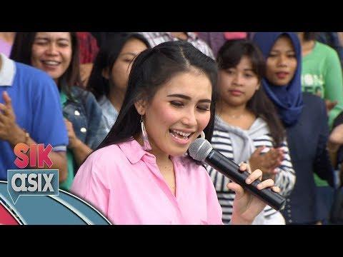 Bikin Baper, Ayu Ting Ting  DIL LAGA LIYA   - Sik Asix (1/12)