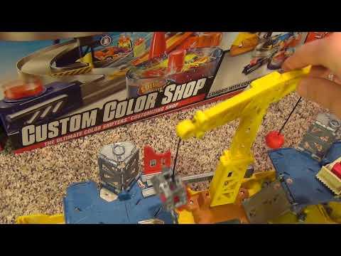 Matchbox Construction Site Pop Up Deluxe Adventure Set with Swinging Crane