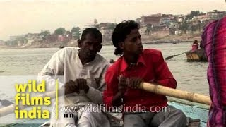 Boat ride along the ghats of Varanasi - Uttar Pradesh
