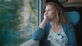 Brigitte fährt Zug – Flächenland bleibt Flächenland