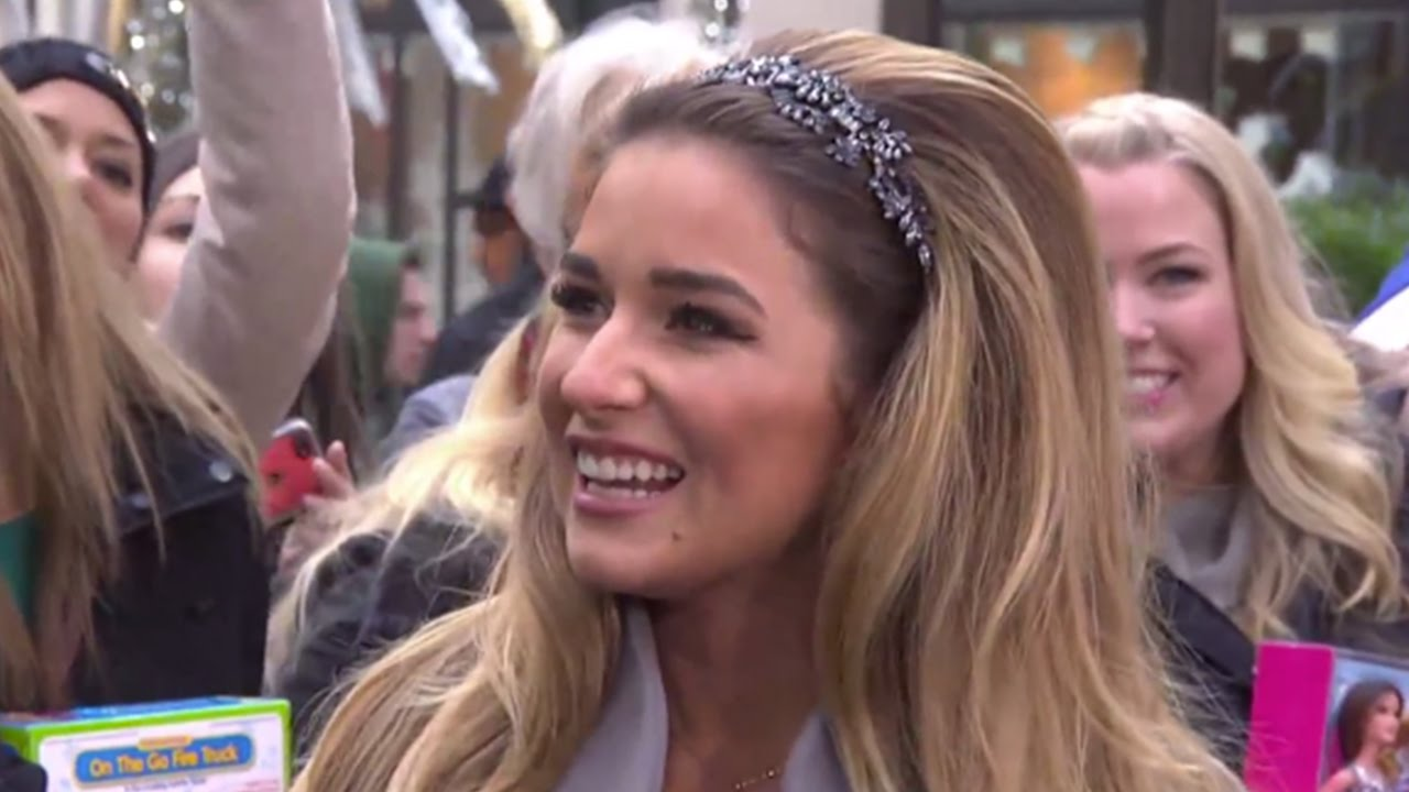 Jessie James Decker\'s Song About Family\'s First Christmas | TODAY ...