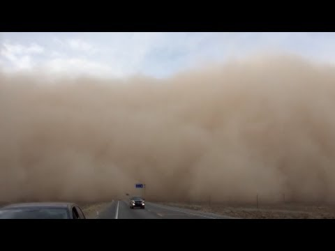 Wall of Sand Engulfs Northwest China County in 10 Minutes