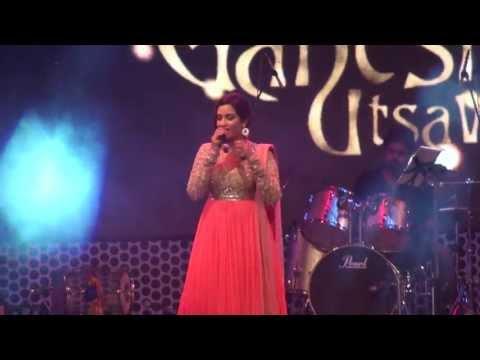 Shreya Ghosal Live Sun raha hai na tu