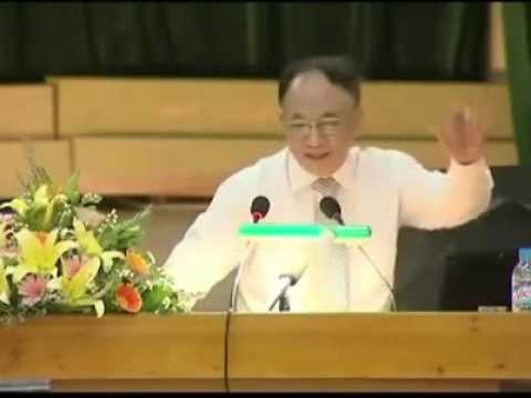 GS Hoàng Chí Bảo nói về giáo dục