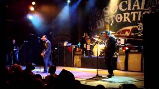 social distortion 12/4/11 road zombie, bye bye baby, bad luck