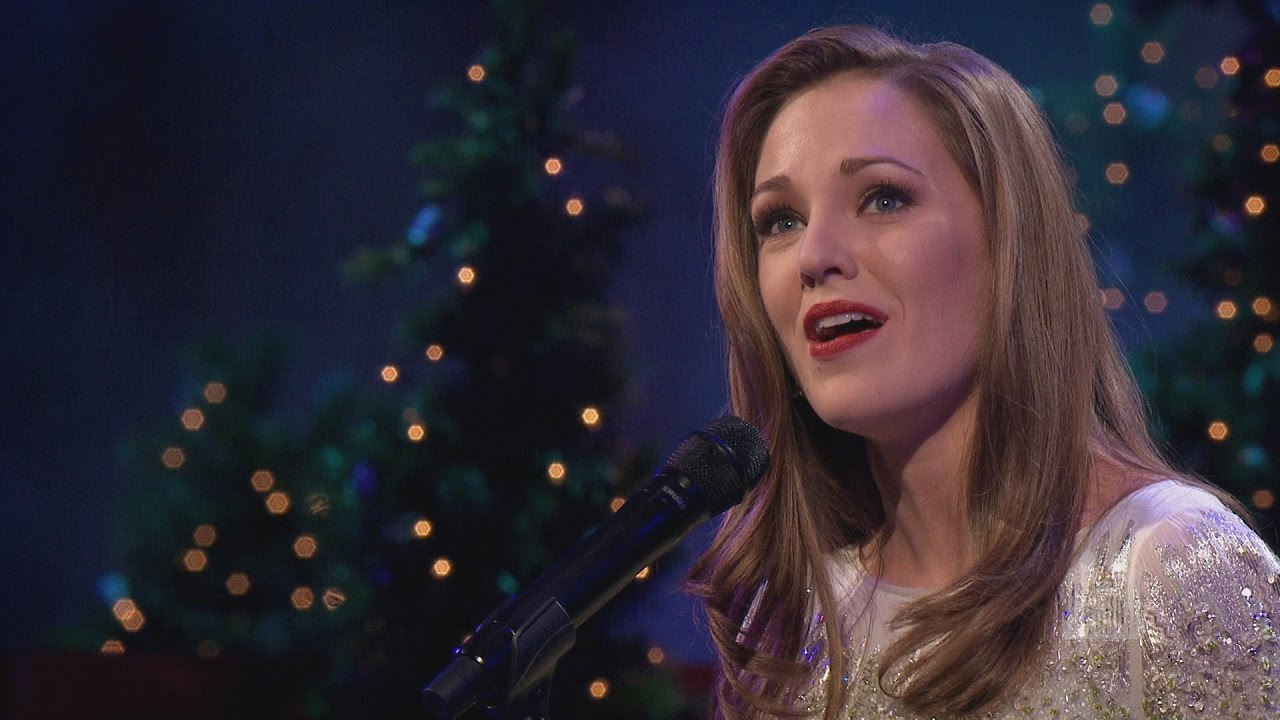 Oh, Come, All Ye Faithful - Laura Osnes and the Mormon Tabernacle ...