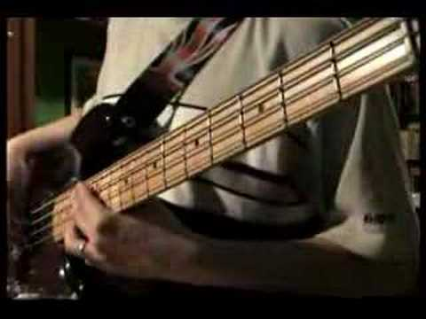 QUEEN: Dragon Attack (Bass Line)