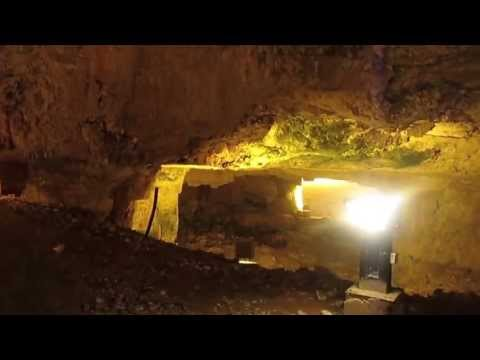 Underground Jerusalem: Western Wall Tunnel Discussion & a Comic Run through Zedikiah's Cave