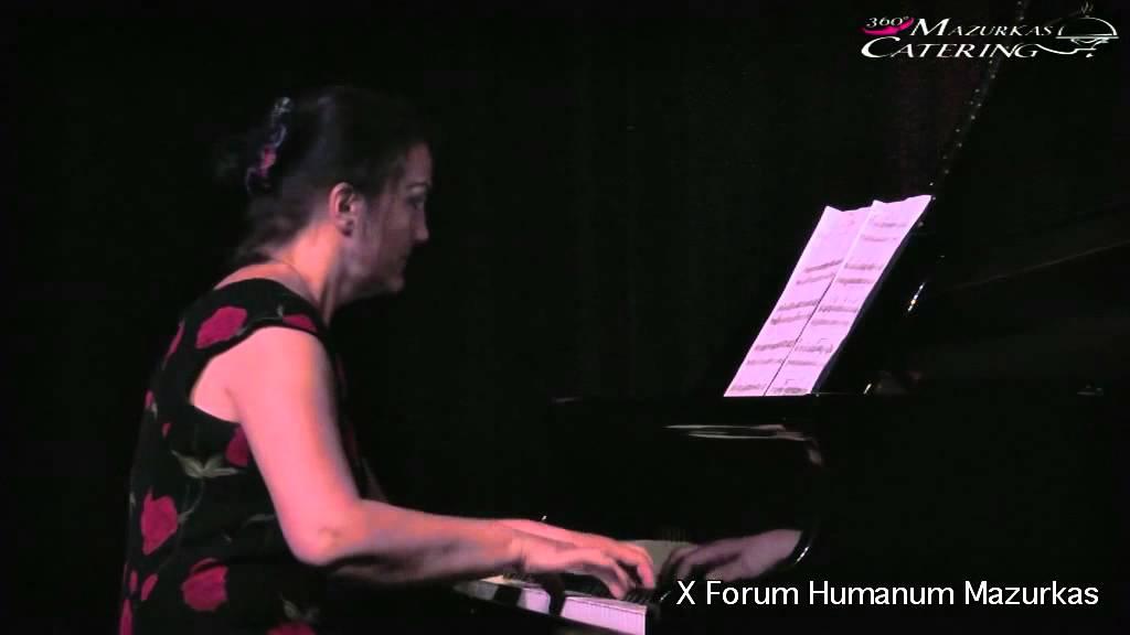 X Forum Humanumm Mazurkas- przy fortepianie Bożena Sitek -