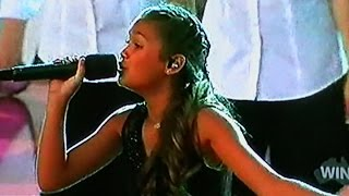 vuclip Alexa Curtis and The Voice Kids- Christmas medley (Carols By Candelight)