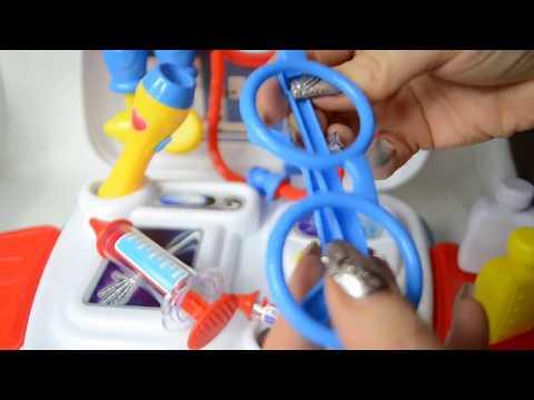Детский игровой набор доктора в чемоданчике Pro Medical Set