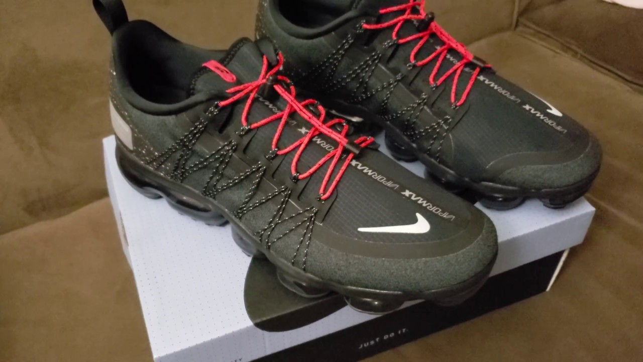 47324ab04c9a Unboxing and review of the Vapormax Run Utility - YouTube