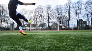 Adidas F50 Adizero MiCoach - Review - Deutsch - English Subtitles
