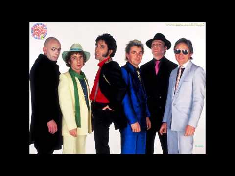 The Flying Pickets - Broken English