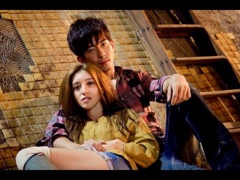 "梁心頤 Lara Liang [ 不敢哭 Afraid to Cry] Official MV (偶像劇「給愛麗絲的奇蹟」 插曲 ""Alice In Wonder City"" OST)"