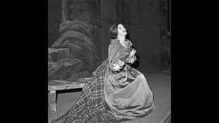 Joan Sutherland in a Glorious Moment