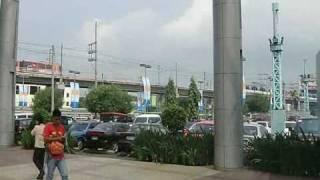フィリピン途中下車の旅  パート3 MRTショーボリバード駅