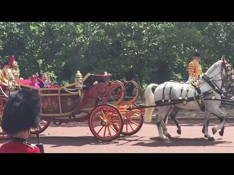 King Felipe VI and Queen Letizia procession on the Mall - 12.07.17