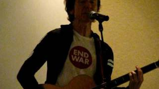 "Gerard McMann sings ""Cry Little Sister"" at Monster Mania 11"