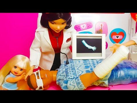 disney-snow-white-doctor-barbie-doll-hospital-toy---nurse-barbie-doll-medical-center-playsets