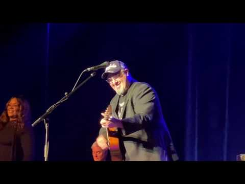 """Vince Gill """"When I Call Your Name"""" Live At The Capitol Center For The Arts, Concord, NH On 11/3/19"""