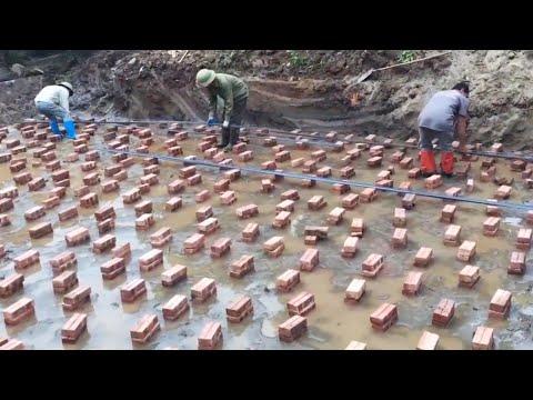 Я строитель 40 лет. но я никогда не видел такой техники раньше- гениальные работники .⏩1