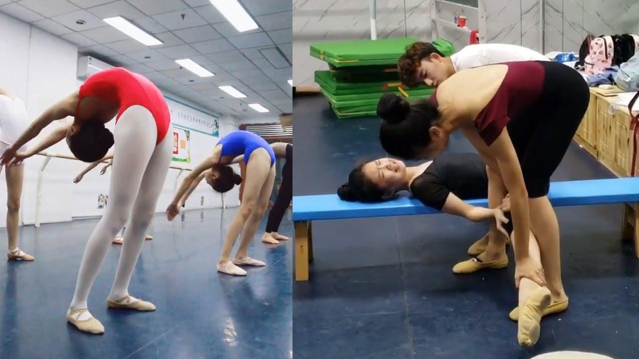 舞蹈生的夢想是不是都想成為一名舞者,留下你現在的夢想吧。還記得那些年最能激勵你堅持下去的話嗎,舞蹈堅持!~#强制拉伸 #flexibility stretching