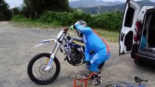¡¡OHH UNA MOTO, pues me la llevo!! Gotzon Arkotxa   JumpSports.es