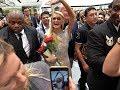 Paris Hilton means business