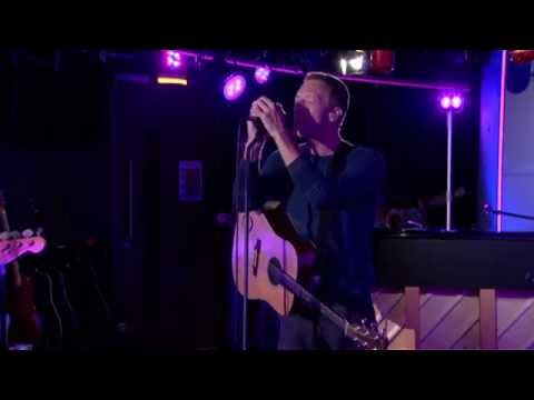 Coldplay - Magic in the Radio 1  Lounge