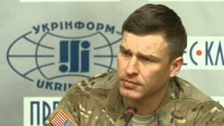 Американський бронежилет в Україні(Командир відділення американських десантників Дін Морфіт (Dean Morfitt) розповідає про свій третій бронежилет..., 2016-01-31T09:38:30.000Z)