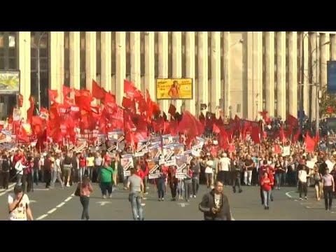 Russie Manifestations Contre Le Projet De Reforme Des Retraites