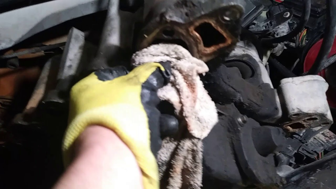 1997 Ford F150 Output Coolant Hose Pipe Replacement Intake Manifold
