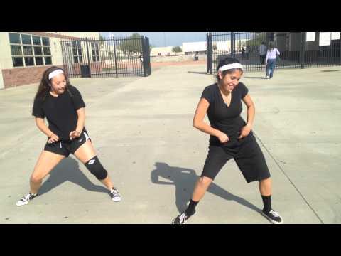 Julieta dancing to Yiken-Priceless da ROC