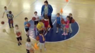 Занятия по баскетболу у детей 2010-2011 г.р. в СДЮСШОР №2 г. Вологда