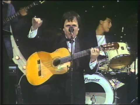 Juan Carlos Garcia y Las rumberas 01