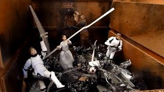 """Crushing"" Death Star Trash Compactor Diorama"