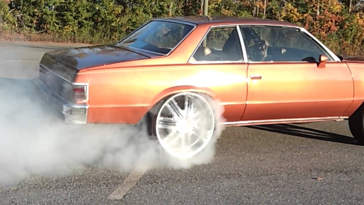 79 Malibu on 24s Burnout S.o.e - YouTube