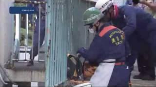 防災週間 解体中の校舎を使い訓練