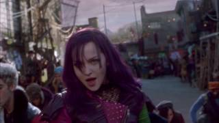 Descendants | De eerste minuten van de Film! | Disney Channel NL