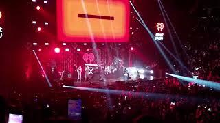 Demi Lovato - Sorry Not Sorry (LIVE) Dec 17 2017 Sunrise